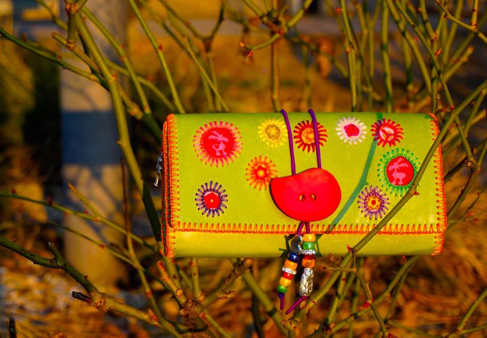 Rainbow Pearl Portemonnaie handmade